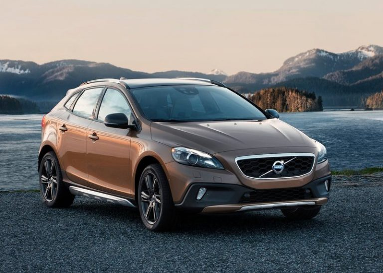 Volvo V40 Cross Country India Launch On 14th June 2013
