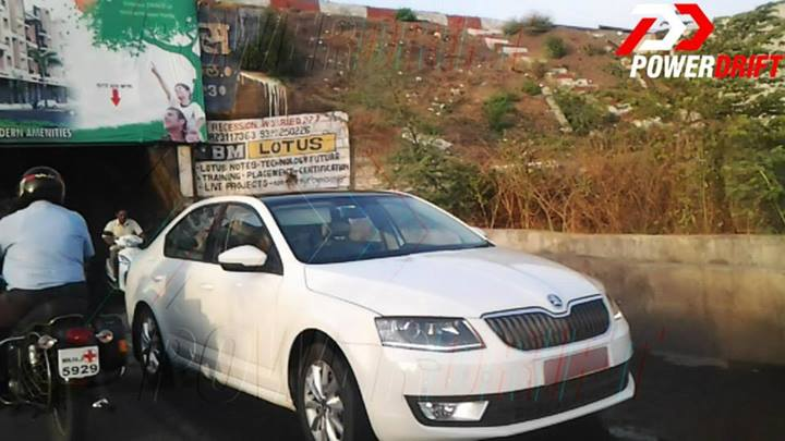 2013-Skoda-Octavia-front-spied-in-India
