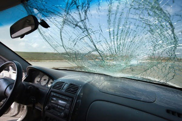 What Is The Cost To Replace A Car Windshield