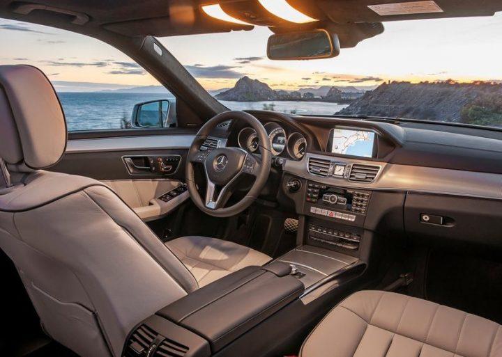 Mercedes-Benz-E-Class_2014_800x600_wallpaper_66
