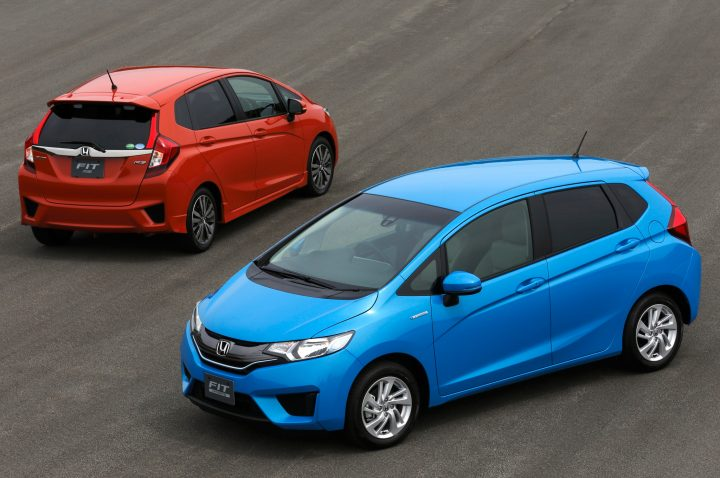 2014-Honda-Fit-front-and-rear-views