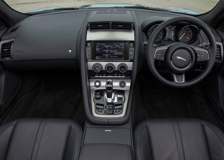 Jaguar-F-Type_2014_800x600_wallpaper_75
