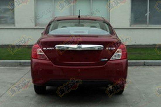 Nissan-Sunny-rear-facelift