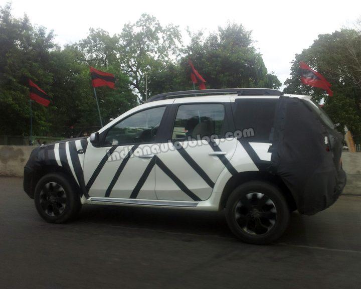 Nissan Terrano Side Spy Shot