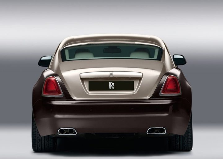 Rolls-Royce-Wraith_2014_800x600_wallpaper_0f