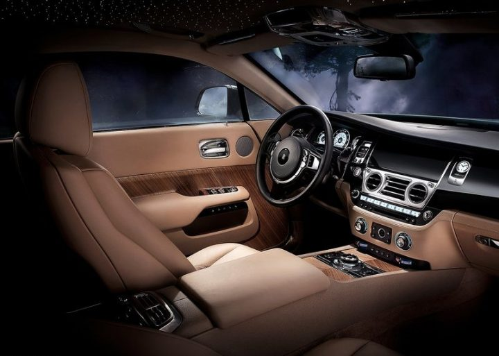 Rolls-Royce-Wraith_2014_800x600_wallpaper_10