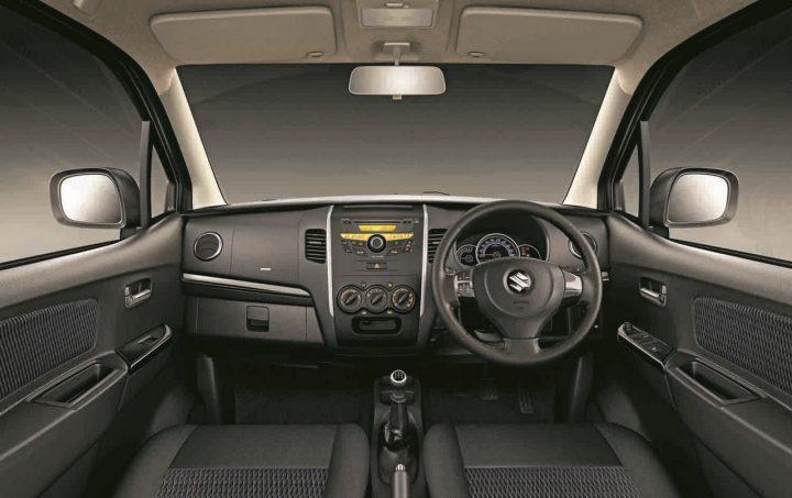 Dashboard-of-the-Maruti-Wagon-R-Stingray
