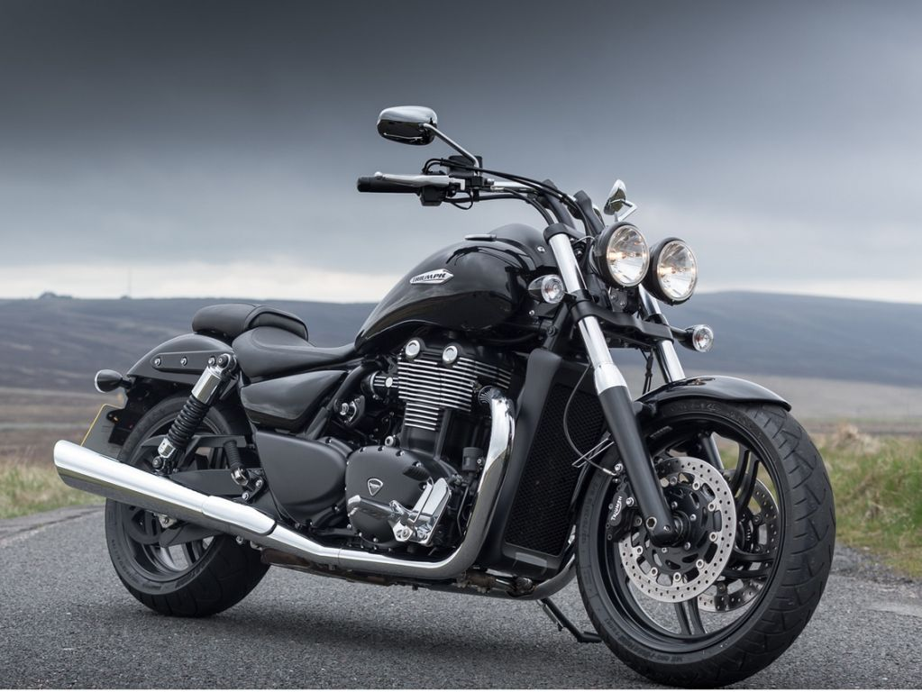 triumph thunderbird storm carblogindia. Black Bedroom Furniture Sets. Home Design Ideas