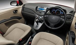 Hyundai i10 Interior Front Cabin