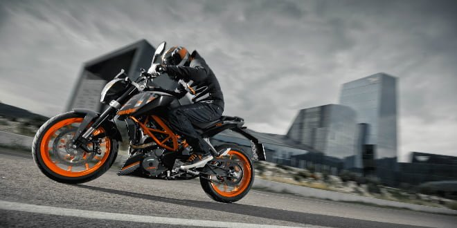 Updated: KTM 390 Duke Gets New 'Midnight Black' Paint Option