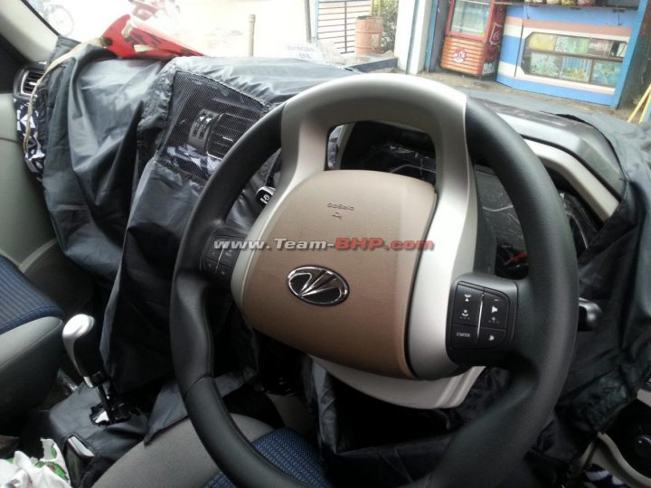 Mahindra Scorpio facelift Spy Shot Dashboard