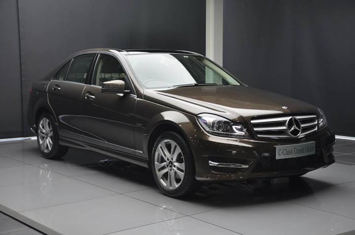 Mercedes benz c class grand edition india price specs photos for Mercedes benz 2014 c class price