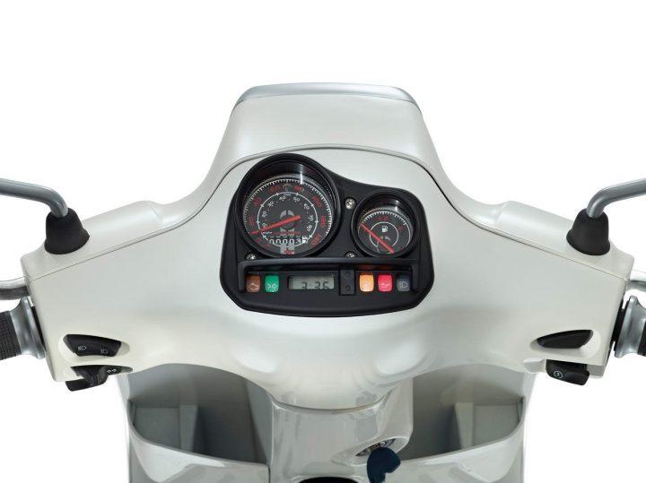 Vespa Sport Instrument Cluster
