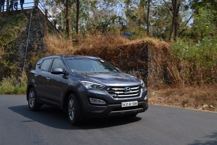 2014 Hyundai Santa Fe Review (10)