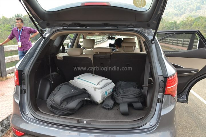 2014 Hyundai Santa Fe Review (13)