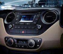 2014 Hyundai Xcent Interior Centre Console