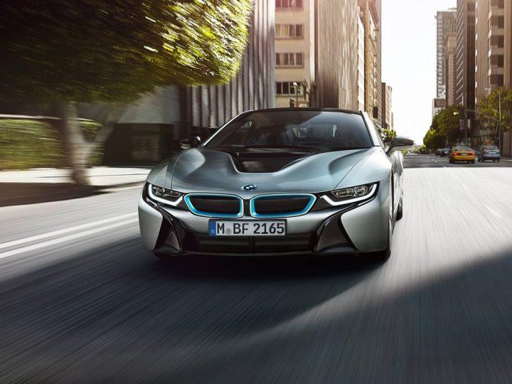 2015 BMW i8 Front Left