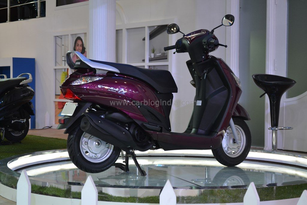 E Bike Reviews >> Yamaha Alpha Rear Right - CarBlogIndia