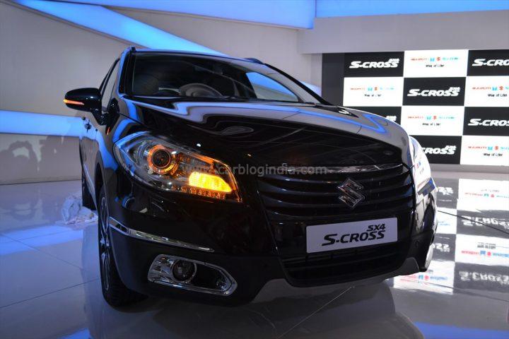 2014 Maruti Suzuki SX4 S-Cross Front Right Quarter