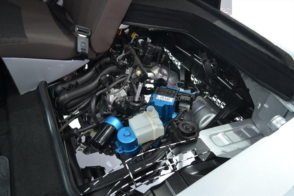 Tata Nano Automatic AMT Version (5)