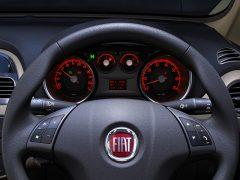 2014 Fiat Linea Interior Instrument Cluster