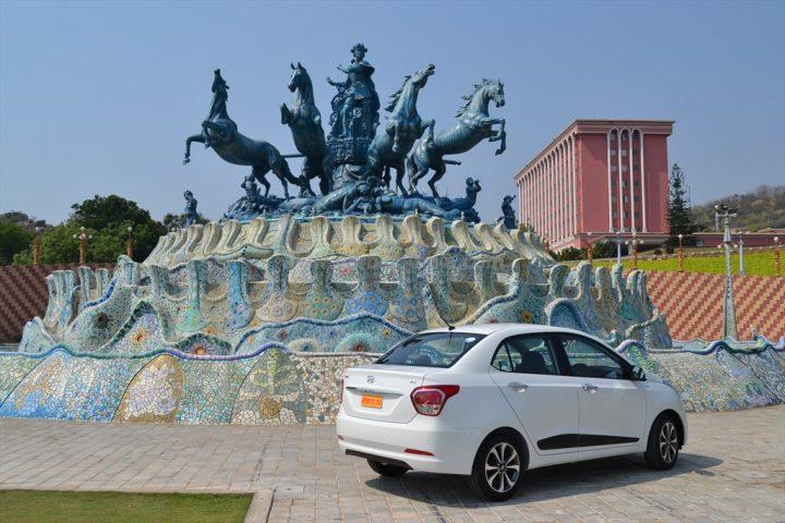 Hyundai Xcent Review By Car Blog India Car Experts (9)