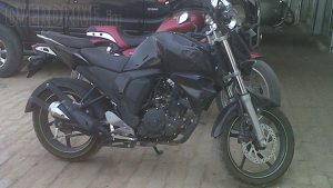 Yamaha FZ Facelift Spy Shot Right Side Profile