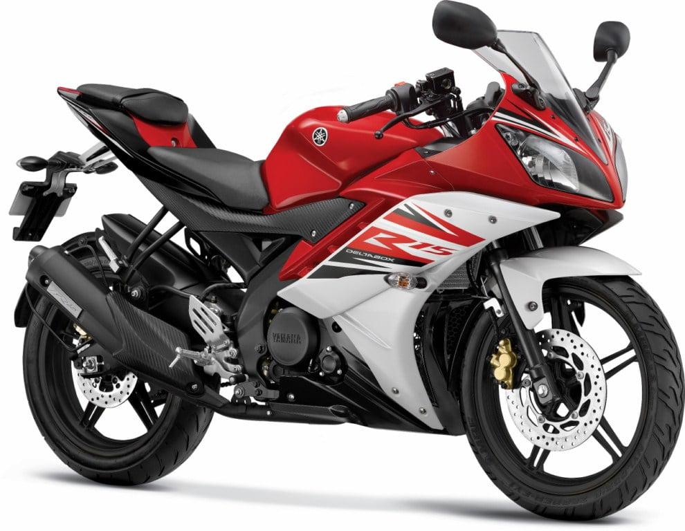 2017 Yamaha R15 V3 Vs Yamaha R15 V2 Compare Price