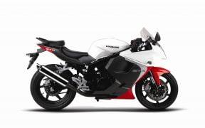 2014 Hyosung GT250R White Titanium