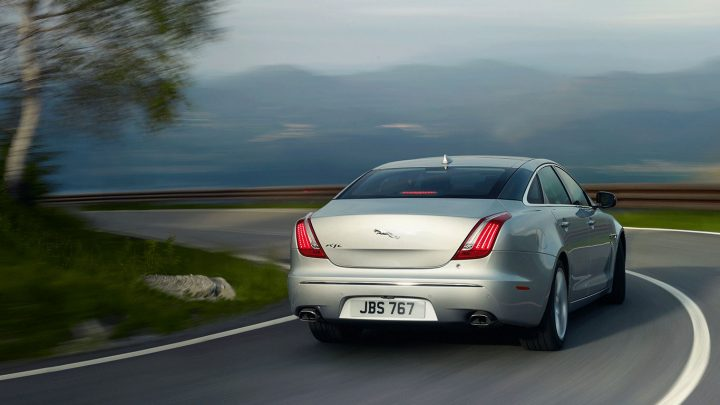2014 Jaguar XJ Rear Right Quarter