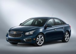 2015 Chevrolet Cruze Facelift Front Left Quarter