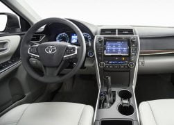 2015 Toyota Camry Interior Front Cabin Driver