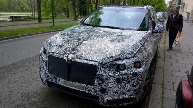2018 BMW X7 spy image