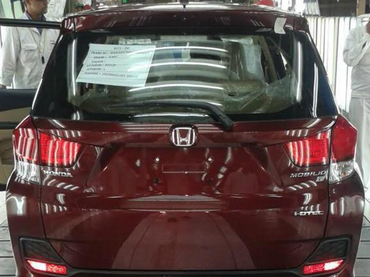 Honda Mobilio Test Prodcution Greater Noida Spy Shot1
