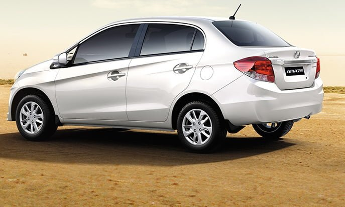 honda-amaze-celebration-edition-white - CarBlogIndia