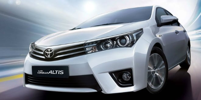 2014 Toyota Corolla Altis Launched in India; Details Here