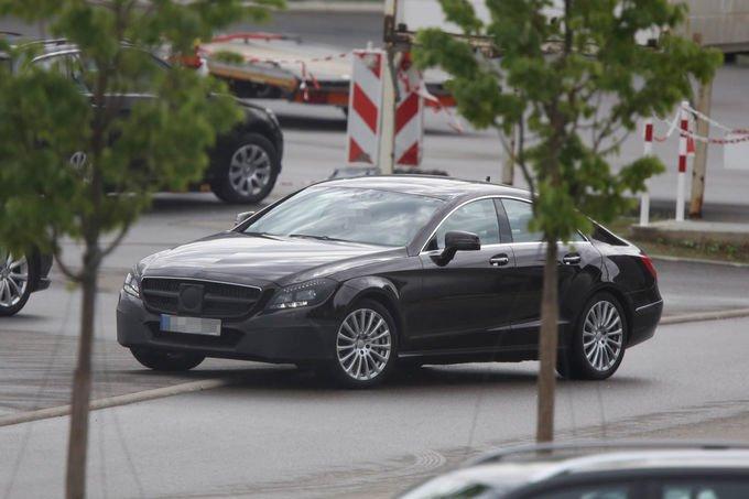 Erlkoenig-Mercedes-Benz-CLS-Facelift