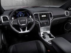 Jeep-Grand_Cherokee_SRT_India_Interior_Photo