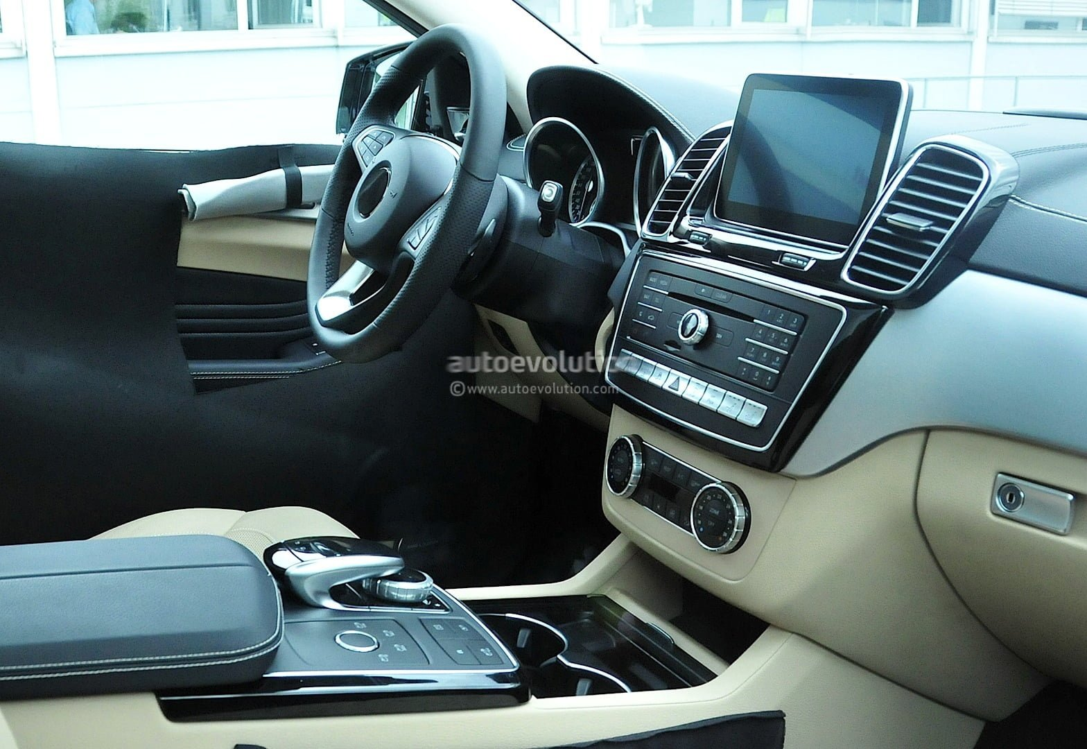 Updated Mercedes Benz Ml Coupe Interiors Spied