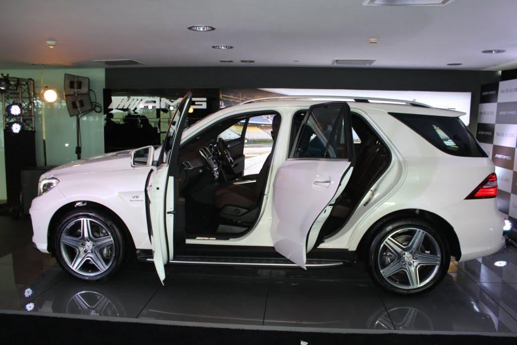 Mercedes Benz Ml63 Amg Left Side Profile Doors Open