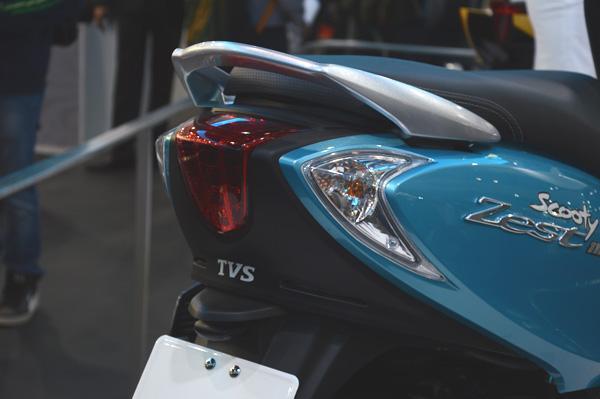 TVS scooty Zest rear