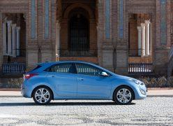 2013 Hyundai i30 Left Side