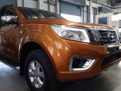 2015-Nissan-Navara-Pick-Up-Truck-1