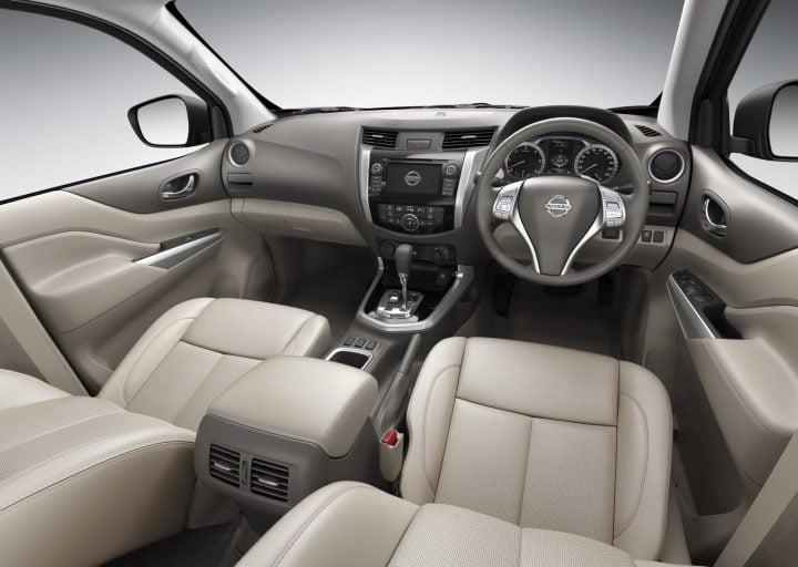 Nissan Navara Interior Front Cabin