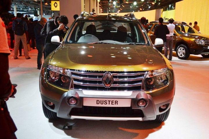 Renault Duster Adventure RxL 110 BHP Front