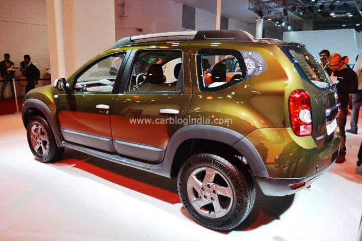 Renault Duster Adventure RxL 110 BHP Rear Left Quarter