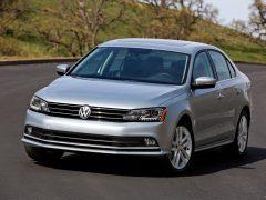 Volkswagen-Jetta_2015_India_Front