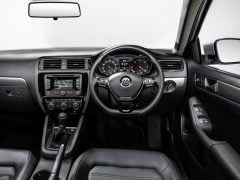 Volkswagen-Jetta_2015_India_Interior