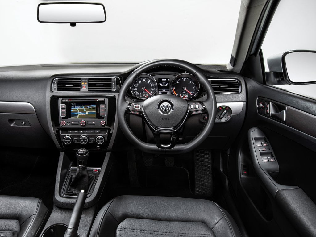 review dsg volkswagen jetta tdi interior vw facelift