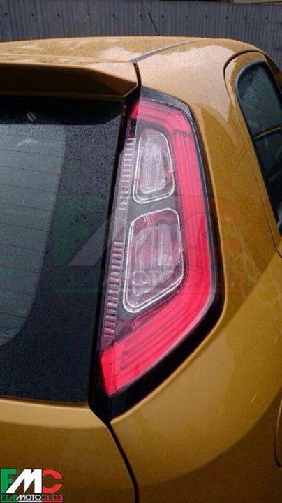 2014 Fiat Punto Facelift Spy Shot Tail-lamp